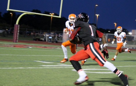 Run like the wind: Junior RB West pounds Rockwall