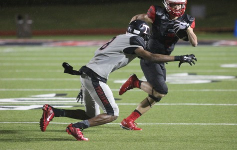 Offense struggles to find rhythm against Euless Trinity Trojans in tough loss
