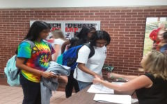 Academic encouragement through honor roll lunch
