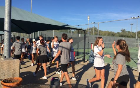 CHS tennis continues winning streak, hopes to carry that success to regionals
