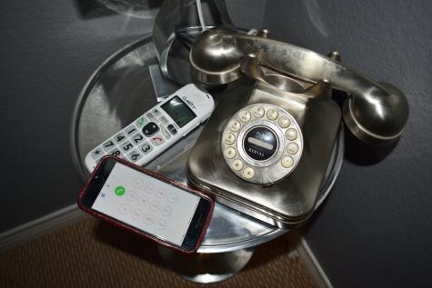 Smartphones discourage smart living