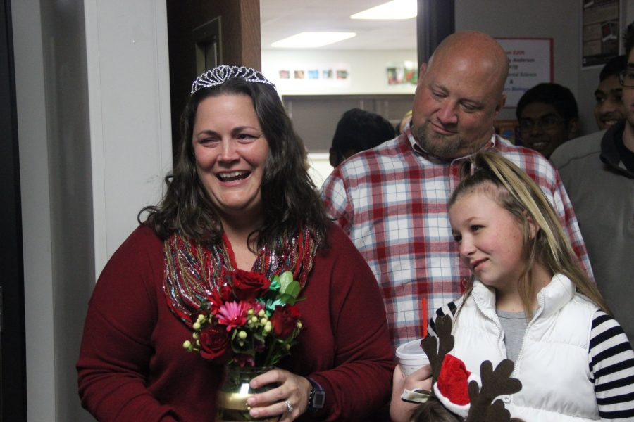 Holly Anderson wins 2016-17 Teacher of the Year