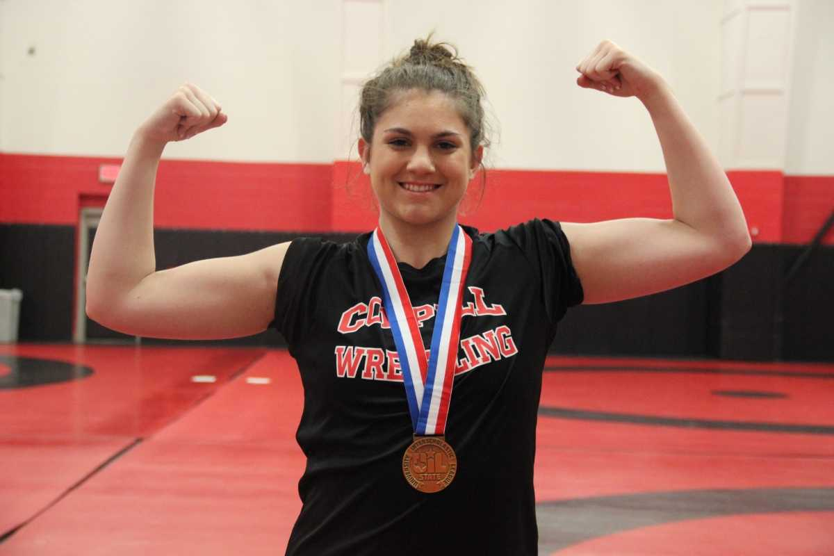 Coppell High School junior wrestler Lindsay McIntosh placed third overall in the UIL State Wrestling Tournament. McIntosh, in the 165 pound weight class, pinned her opponent for the win.