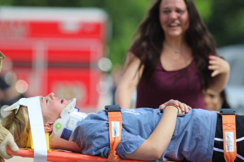 Theater students showcase abilities during emotional drunk driving simulation