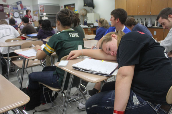 Many upperclassmen choose to catch up on sleep rather than learning about subjects that they are forced to pick from and are clearly not interested in. Photo by Jack Ficklen.