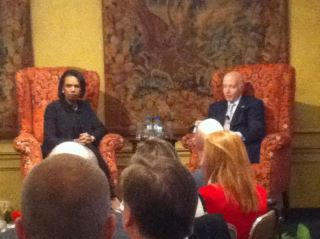 Rice speaks with council members, students in Ft. Worth