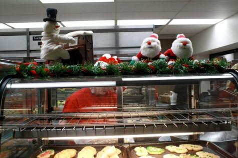 Photo Gallery: Holiday Cheer at CHS