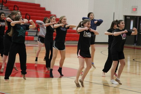 Students find expression, creativity through dance at CHS