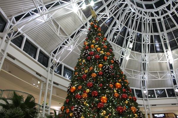 Photo Gallery: Decorations and sales fly up as the holiday season approaches