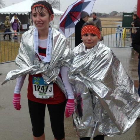 Marathon, half-marathon runners endure long race in memory of teammate