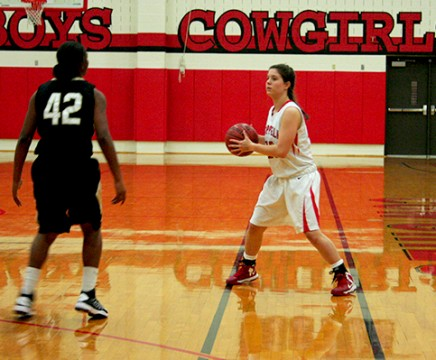 Basketball Notebook: Cowgirls have rough start to district