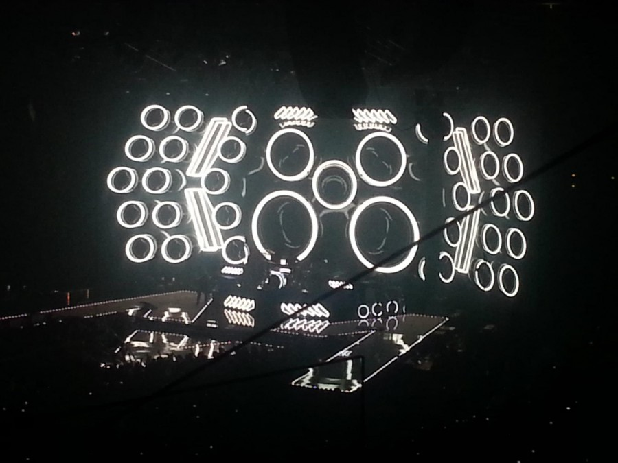 The stage takes on the appearance of a stereo as the band performs