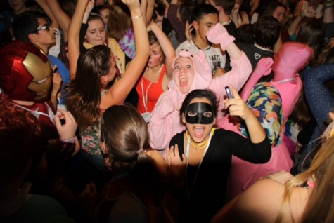 Student journalists sport costumes at the annual JEA/NSPA convention dance on Nov. 16. Photo by Kristen Shepard.