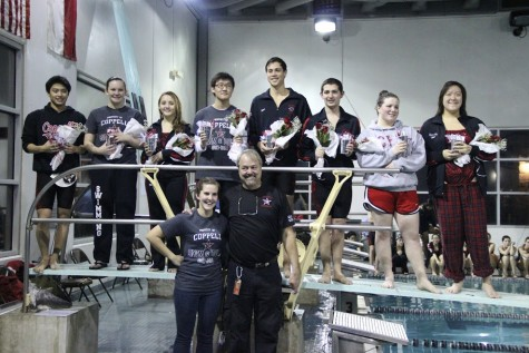 Caps come off: Swimming and Diving salutes seniors at final home meet