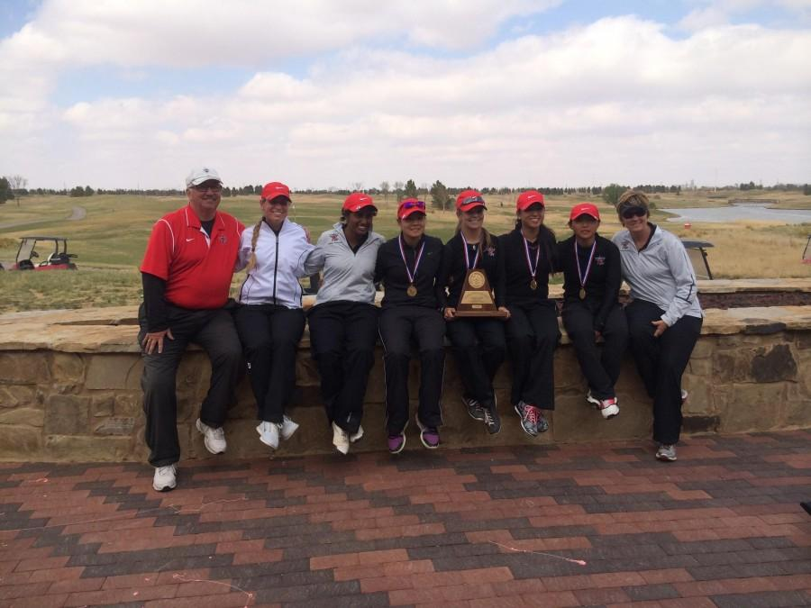 Coppell+girls+golf+team+took+first+place+at+the+Region+I+tournament+in+Lubbock+on+Thursday%2C+Apr.+20