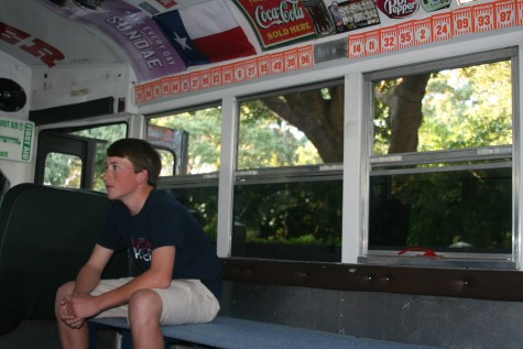 Moore, Perez transform bus for student section with funky decor galore