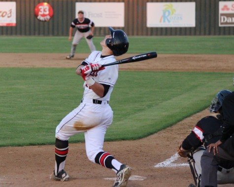 Cowboys tighten race atop district standings, shutout Heritage 3-0