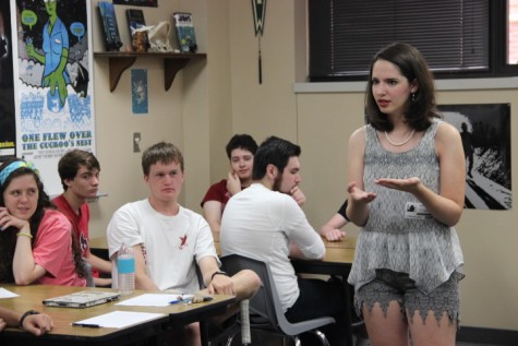 Young adult author Aimee Hyndman, Coppell High School graduate, addresses Matthew Bowden's creative writing class on Aug. 26  about her upcoming book release on Sept. 7. Hyndman's novel Hour Of Mischief was first drafted in her senior year.  Photo by Alexandra Dalton.