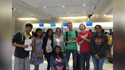 DECA club gives students real world opportunities in business and marketing