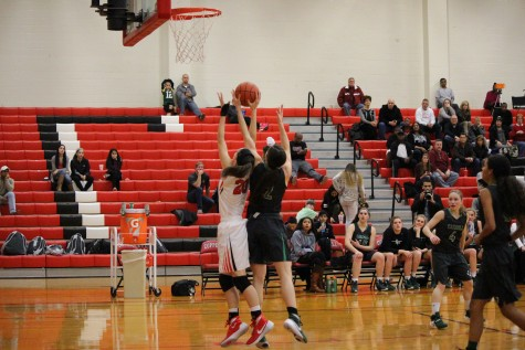 Foul shots give Southlake Carroll edge against Cowgirls