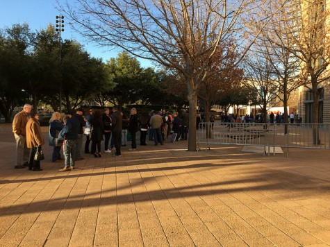 The line formed outside the Fort Worth Convention Center at 8 a.m. Photo by Nicolas Henderson.