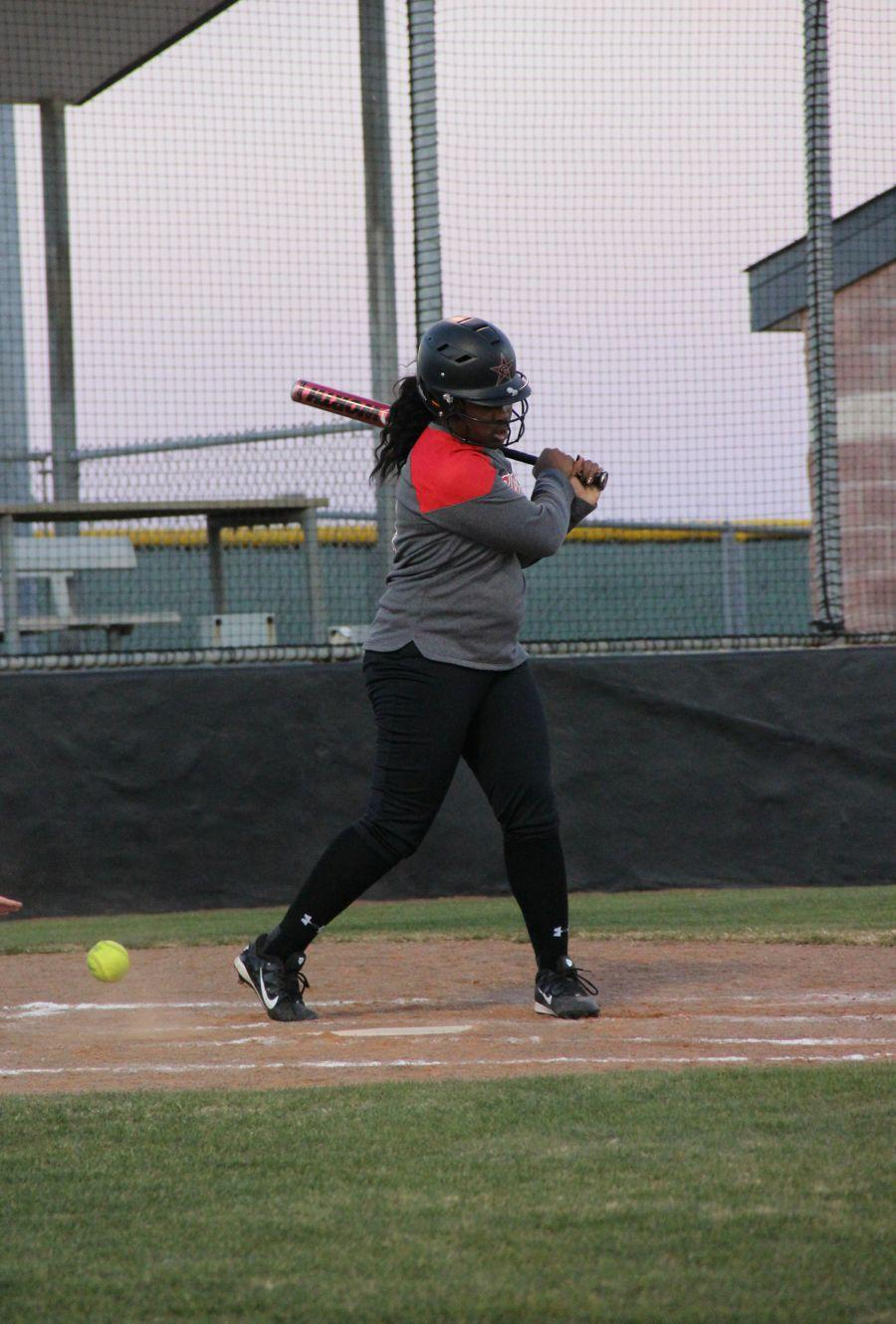 Coppell+High+School+junior+Adaqu+Ngwu+bats+during+the+sixth+inning+of+the+scrimmage+on+Monday.+Coppell+JV+II+scrimmaged+against+Allen+at+the+Coppell+ISD+baseball%2Fsoftball+complex.%0A