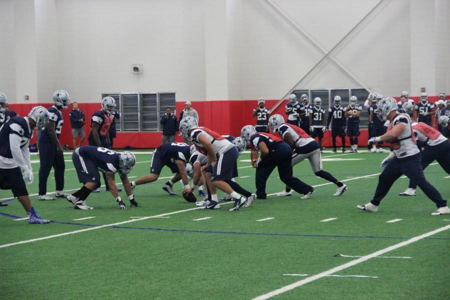 The+Dallas+Cowboys+have+a+special+teams+practice+in+the+Coppell+turf+room+this+October.+Photo+by+Mallorie+Munoz.