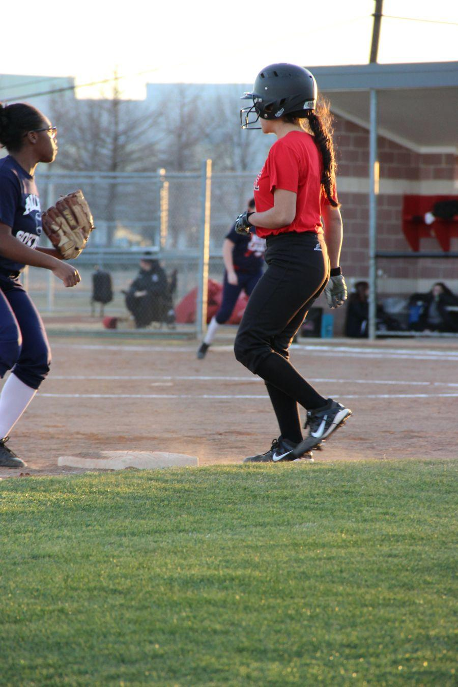 Coppell+High+School+sophomore+Lusia+Holguin+runs+to+first+base+after+batting+during+the+second+inning+on+Monday.+Coppell+JV+II+scrimmaged+against+Allen+at+the+Coppell+ISD+baseball%2Fsoftball+complex.%0A