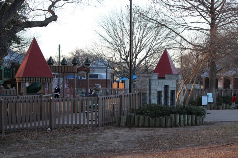 Andrew Brown Park East is closed off to the public, but amenities such as the playground, Kid Country, and the recreation center, are still open. The construction is expected to take 18 months but may go further into 2017. Photo by Kelly Monaghan.