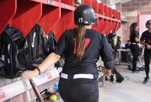 Coppell Cowgirl catcher committed to Duke University