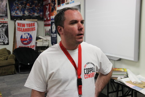 English IV teacher Bill Visco, shares his views on talking about politics in class. Photo by Alexandra Dalton.