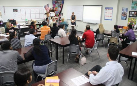 Teachers and parents come out to Curriculum Night