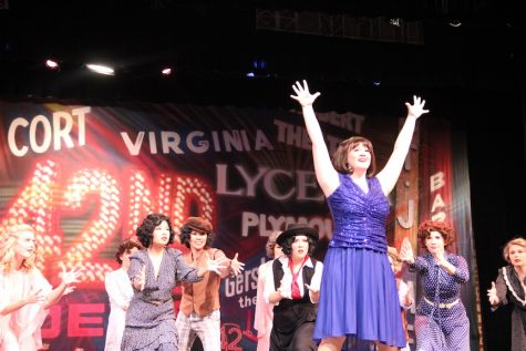 "42nd Street opening brings ""Broadway extravaganza"""