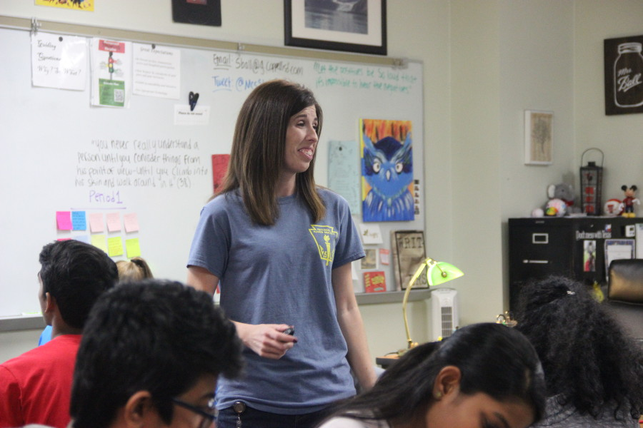 IB English teacher Stephanie Ball teaches her fifth period class on Friday. This is Ball's first year teaching IB after teaching GT/Honors English, her college professor background has helped her transition between the differences in GT and IB.
