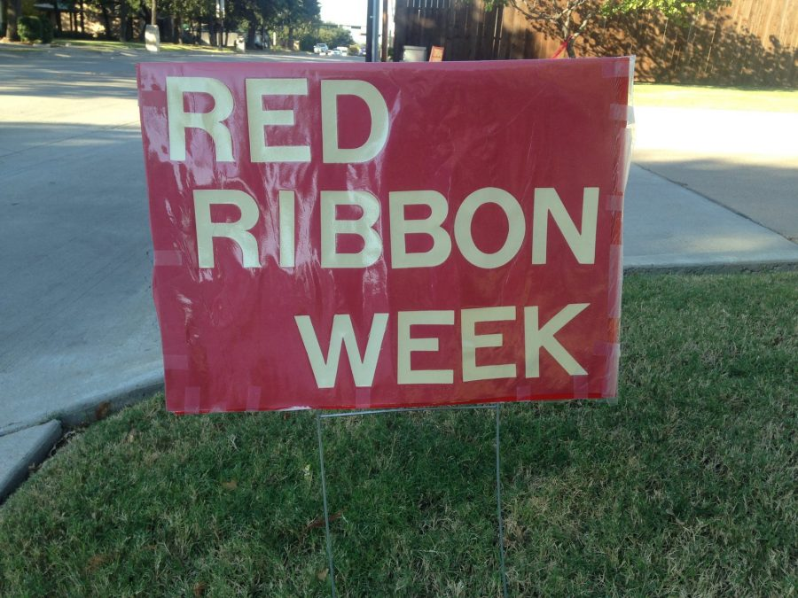 On+Oct.+20%2C+Coppell+Middle+School+West+held+a+drug+awareness+event%2C+informing+residents+on+drug+use+throughout+Coppell.+In+honor+of+Red+Ribbon+Week%2C+this+event+aimed+to+raise+awareness+on+this+issue.+