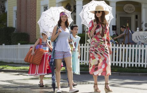 """Gilmore Girls"" revival brings fans back to Stars Hollow"