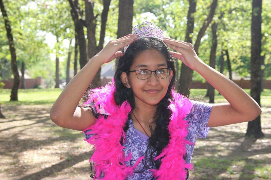 Staff writer Akila Muthukumar satirizes the experience of being an only child. She exaggerates characteristics such as being spoiled, being the center of attention, and lacking social skills, but eventually rationalizes the truth of being an only child: there are positive and negative aspects and she never lacks love from those she has in life.