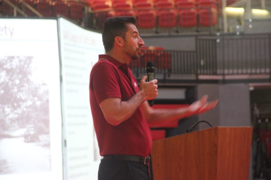 American+Automobile+Association+member+discusses+the+danger+of+distracted+driving+to+CHS+freshman+and+sophomores+on+Wednesday.+The+presentation+was+held+in+the+CHS+arena+during+third+period.+%0A
