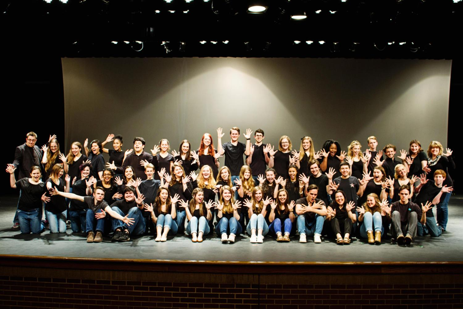 Coppell+High+School+drama+club+poses+for+a+club+picture+in+the+Black+Box+Theatre.+Each+year+the+club+hosts+a+Dinner+and+a+Movie+event%2C+which+features+a+movie+with+food+to+watch+the+film.+