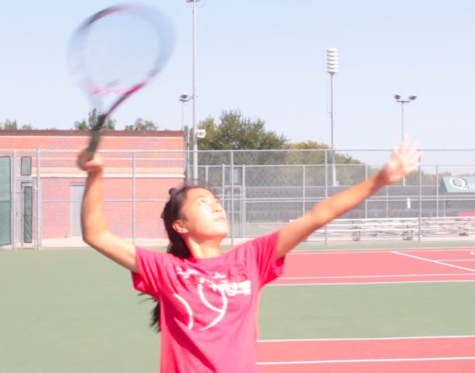 Tennis team shows improvement in early season