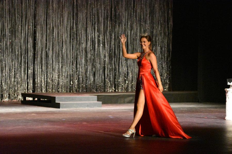 Miss+Texas%27+Outstanding+Teen+Stephanie+Wendt+takes+a+walk+around+the+stage+and+waves+to+the+audience+at+the+Plano%2FFrisco%2FNorth+Texas+pageant+at+Plano+West+Senior+High+School+on+Sept.+3.+Wendt+is+a+senior+at+Coppell+High+School+and+was+the+chosen+over+52+contestants+hailing+from+all+over+Texas+for+the+famed+Outstanding+Teen+of+the+Year+award+this+summer.