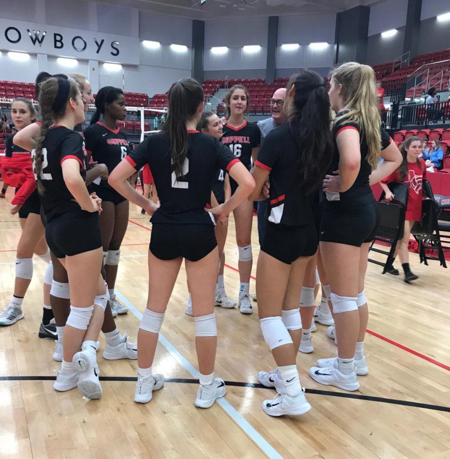 Coppell+Cowgirls+get+in+a+huddle+after+Friday+night%27s+game+in+the+arena.+The+Cowgirls+defeated+the+Longhorns+in+three+sets%2C+25-2%2C+25-4%2C+and+25-3.
