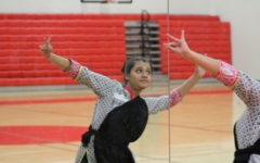 Coppell High School junior Karvi Bhatnager preforms Bharatnatyam on national television over the summer