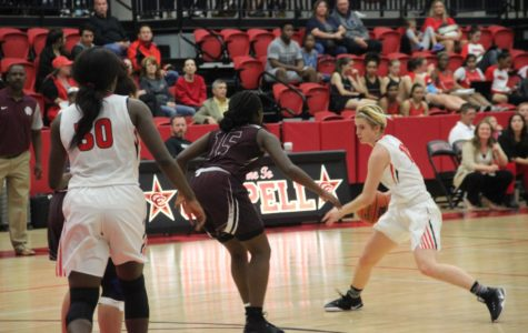 Fourth quarter breakaway sends Cowgirls to first loss