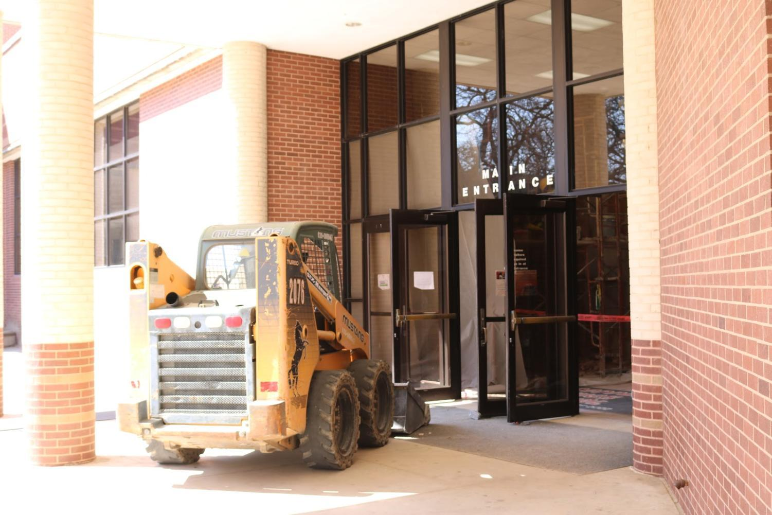 The Main Entrance Of Coppell High School Undergoes Construction For The New  Security Vestibule In The