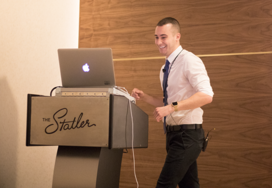 """Dallas Morning News Producer Dom DiFurio presents advice and tips at his session """"Cyberstalking for Journalists: Using Social Media for Reporting"""". This morning, the Dallas Morning News held its annual High School Journalism Day convention."""