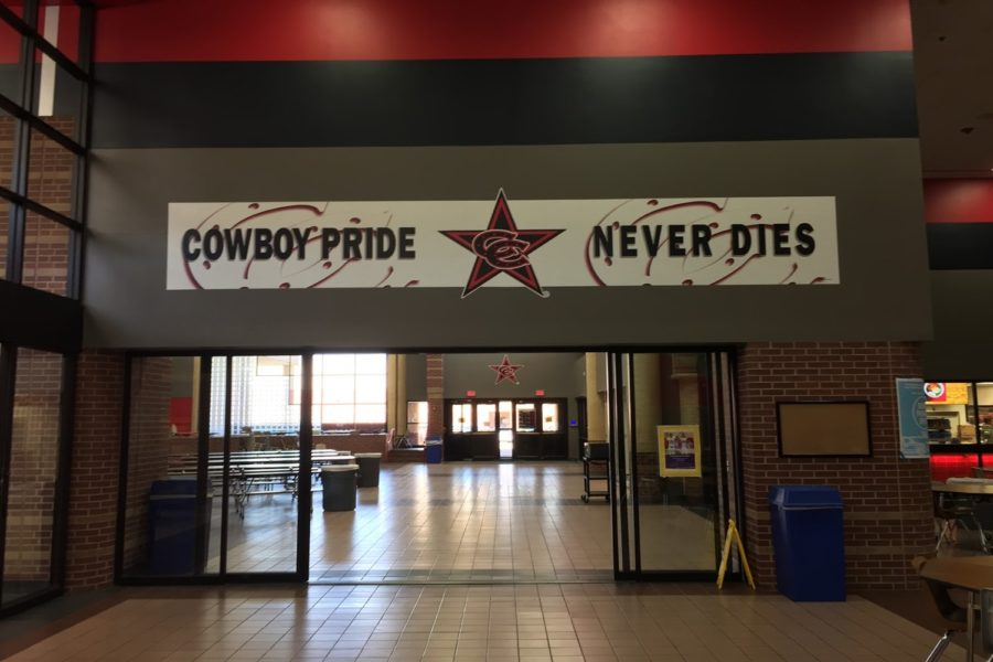 All throughout the commons, a brand new red, black and grey paint job has been added to the walls along with several Coppell Cowboys banners. Over the summer, CHS has embarked on some new design changes that will be completed by this upcoming summer, according to CHS principal Nicole Jund.