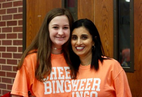Coppell High School cheer team hosts a night full of fun, food, and bingo