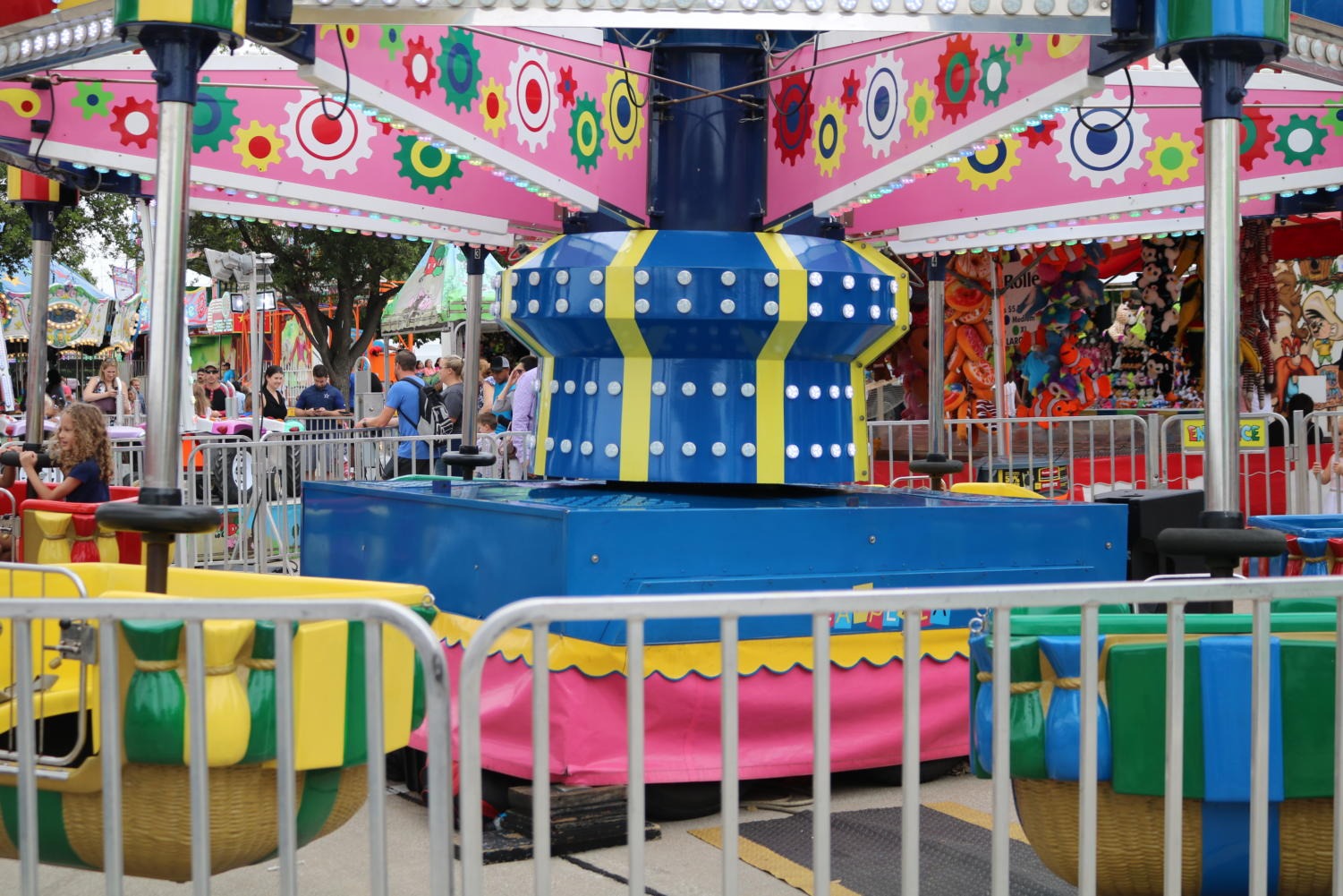 From Sept. 7-9, the St. Ann's Catholic Church hosted their annual carnival right outside of the church on Samuel Blvd. Since 1993, families flock to the carnival every year to enjoy themselves on rides and eat a variety of food.