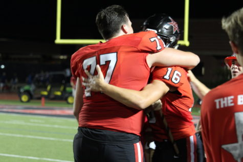 Coppell Cowboys defeat Sachse Mustangs with big win, 30-28